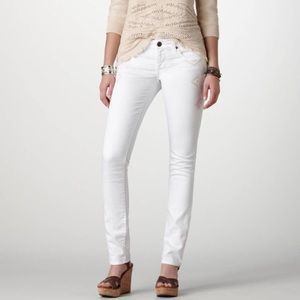 Size 6 White American Eagle Skinny Jeans